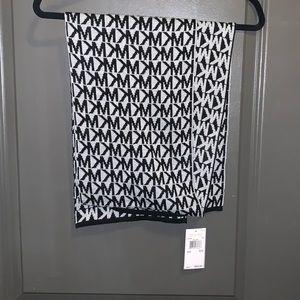 Michael Kors scarf with MK logo black/white. NWT
